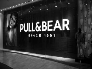 Pull & Bear predajňa